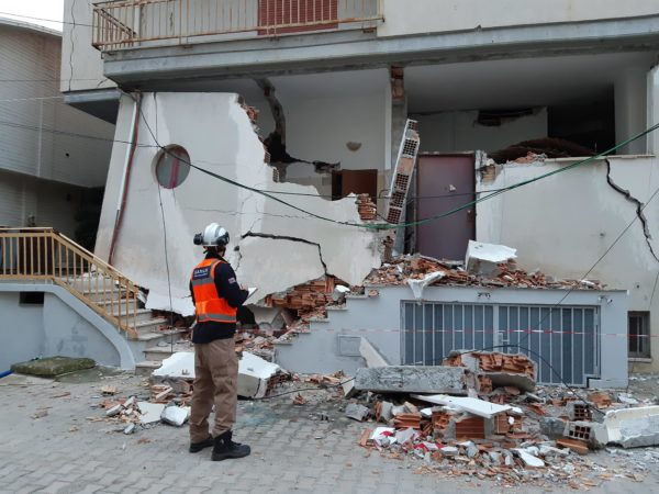 Disaster relief in an urban setting: The aftermath of Albania's largest earthquake in 30 years